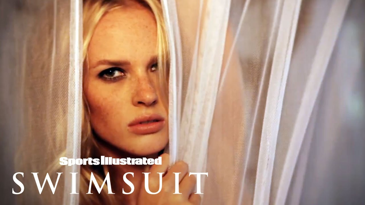 Kate Upton and Sports Illustrated Sue Over Fake Nude Pics